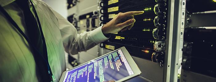 tablet-server-technician